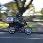 Saiba como contratar motoboy de maneira correta